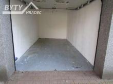 pronájem zděné garáže v Hradci Králové, ulice Hlavní