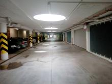 Pronájem garážového stání v Hradci Králové - třída Edvarda Beneše