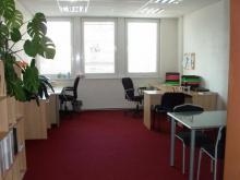 Kanceláře v admin. budově v centru - ul. Průmyslová - Hradec Králové