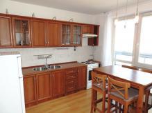 Pronájem bytu 1+kk se dvěma lodžiemi - Hradec Králové – Nový Hradec Králové