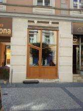 Pronájem prodejna, 16 m2, rušná Švehlova ulice