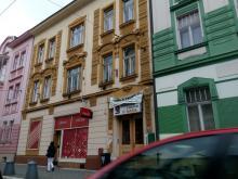 Tř. ČSA 426 - pronájem suterénní restaurace / pivnice / vinárny,  134 m2