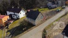 Chalupa s pozemkem 468 m2 v obci Velké Petrovice, 6km Hronov