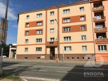 Pronájem část. rekonstruovaného bytu 3+1 v centru Hradce Králové - Průmyslové ul.