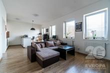 Pronájem nového bytu 2+kk s balkonem 56,6 m2 v Hradci Králové
