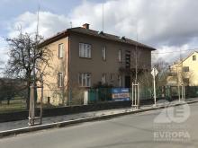 Prvorepubliková vila v klidné části Vamberka