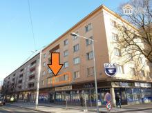 Prostorný byt 3+1, balkon, zasklená lodžie, výtah