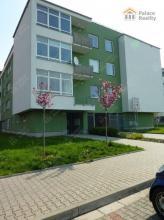 Prostorný byt 2+KK, 66 m2, balkon, garáž