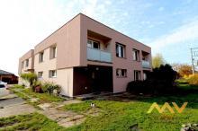 Prodej bytu 3+1, 80 m2 s lodžií 10 m2, obec Osice.