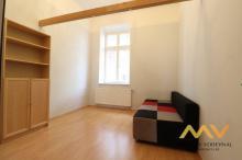 Prodej krásného lukrativního bytu 4+1, 105 m2, Hradec Králové - centrum.