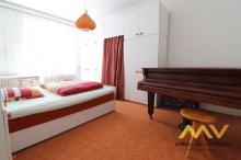 Prodej krásného bytu 3+1 s jídelnou 103 m2, Hradec Králové - centrum.