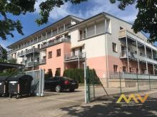 Pronájem bytu 2+KK, 64 m2/terasa a balkon, zastřešené park. stání, Hradec Králové - ul. Mrštíkova.