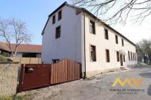 Pronájem rekonstruovaného bytu 1+kk, 29 m2, Hradec Králové - Kluky.